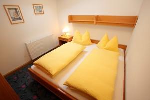 Schlafzimmer TOP1